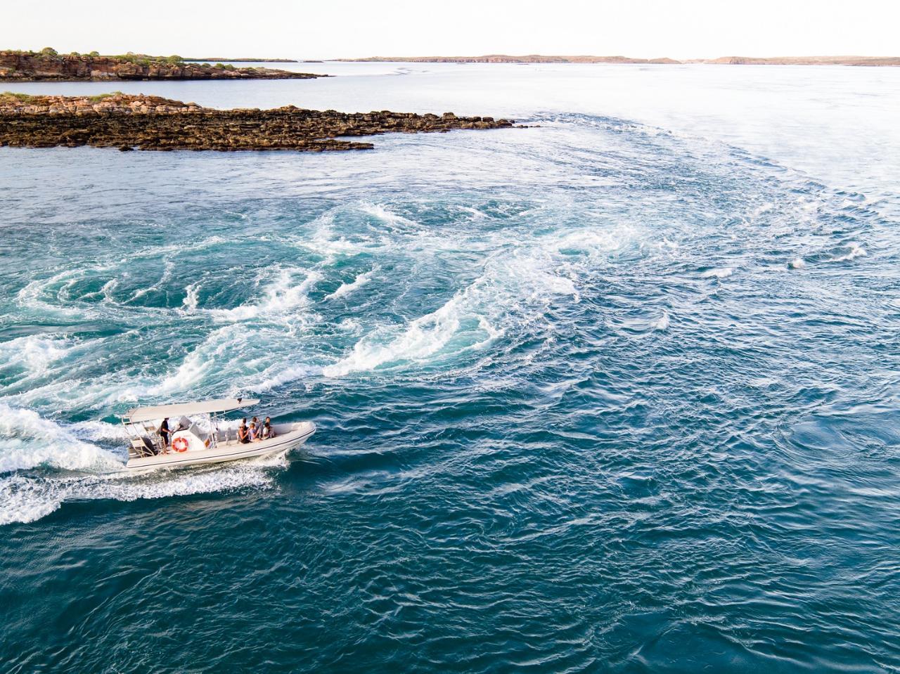 Giant Tides Cygnet Bay Scenic Flight