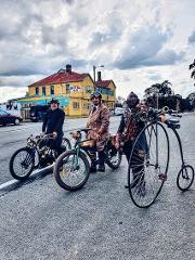 Eat Art & Ride Art Trail by E bike tour