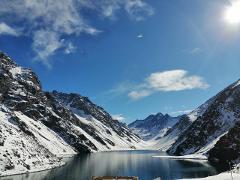 Andes day Lagoon, LAguna del Inca, Portillo
