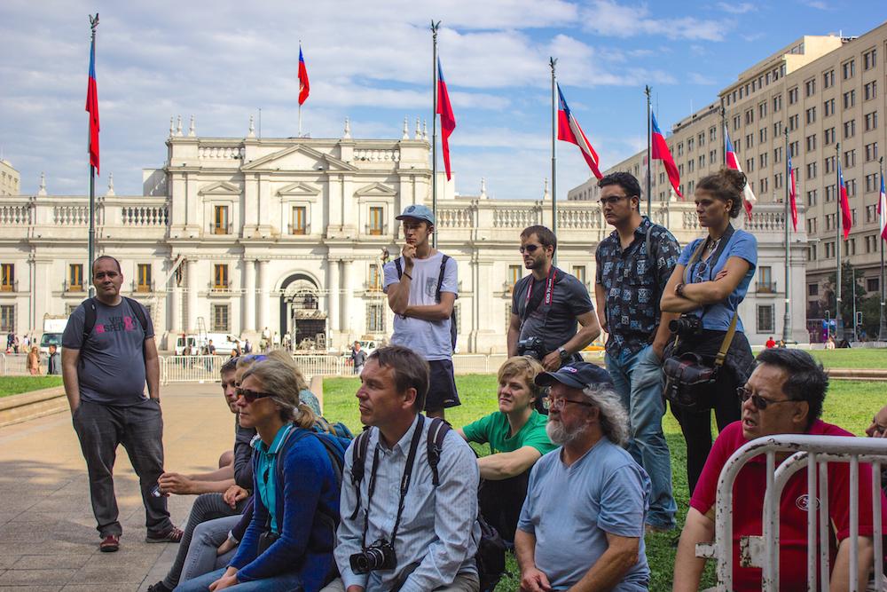 Private Santiago Highlights Walking Tour // Tour Privado Caminando Santiago Destacados