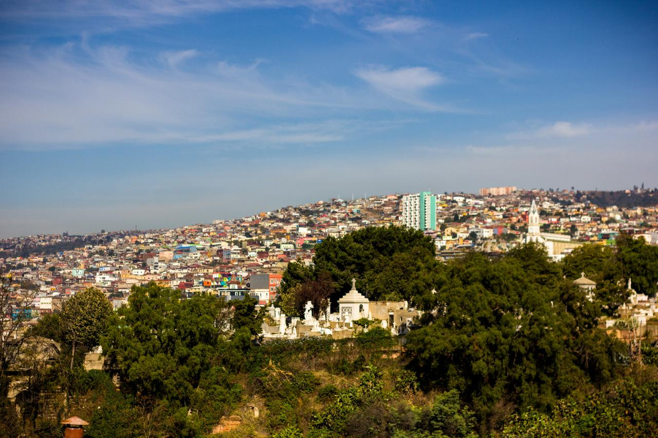 2-Day Premium Valparaíso & Santiago Package