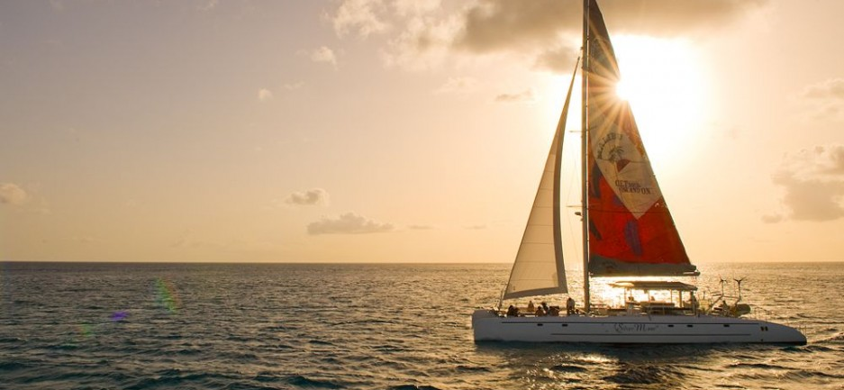 Silver Moon 4 Hour Dinner Cruise - 24 pax