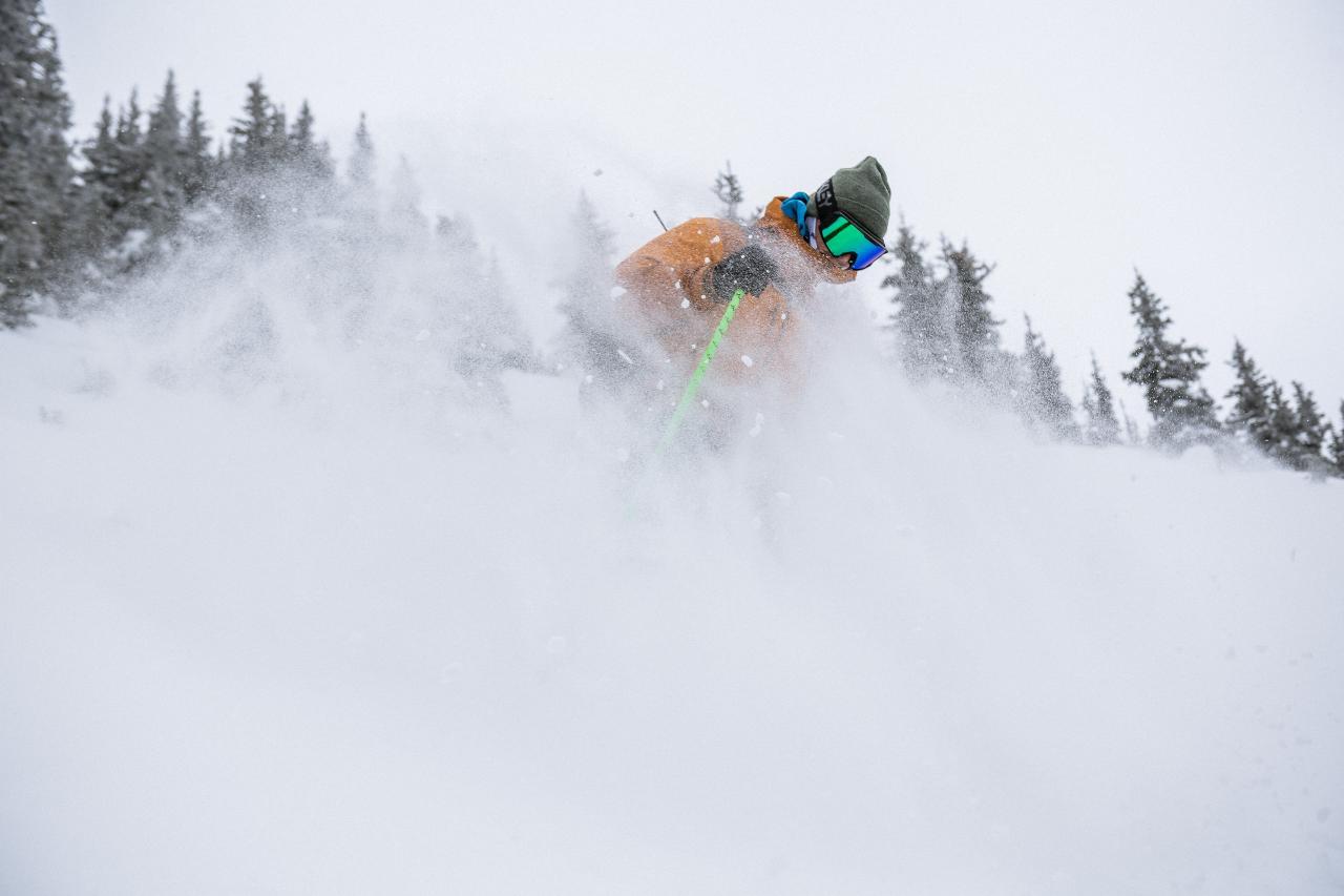 Hurley Mountain Lodge - Cat Assist Ski Touring