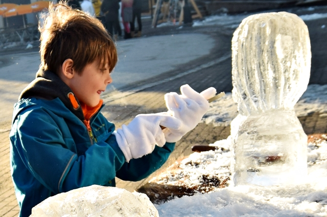 """Ice sculpting with """"fika"""" at Copperhill"""