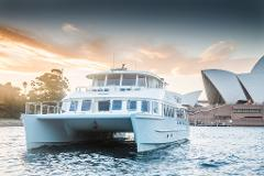 BERGS MELBOURNE CUP CRUISE