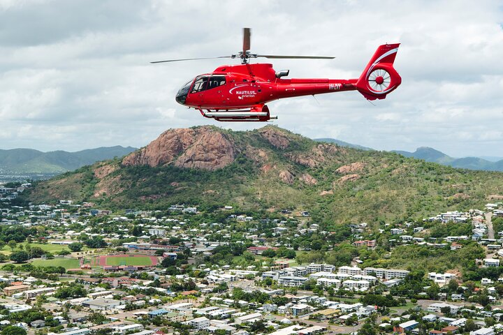 Scenic Heli Flight and Lunchtime Sailing Cruise