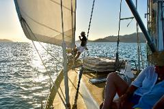 Sip & Sail Sunset Cruise (Magnetic Island)
