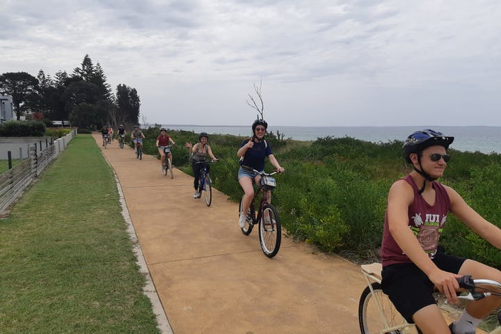 Jervis Bay Day Tour with Cycling & Bush walk