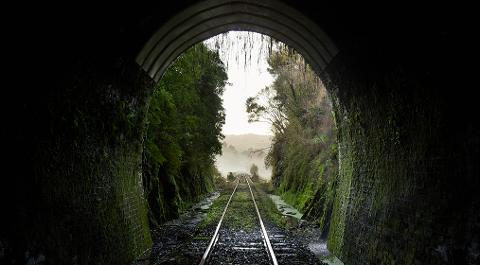 20 Tunnel Tour 2 - Whangamomona to Taumarunui
