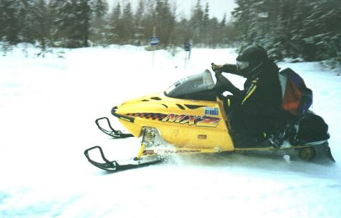 3 Day Snowmobile Safari