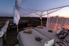Safaris, Stars & Skybeds