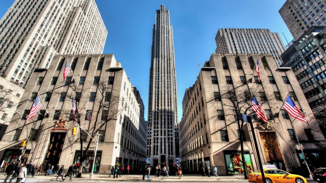 4-hour (9 am - 1 pm) Private Driving Tour of NY City: Upper & Midtown or Midtown & Lower Manhattan (for group 1-5 guests)