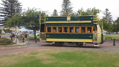 Explore Fleurieu Peninsula Regional Tour - EX Adelaide CBD, Glenelg & Hahndorf
