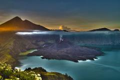 Mt Rinjani Komodo and Orangutan Tour Package