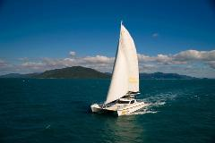 10% off special - Wings Whitsundays - Saloon Single Berth - 2 Day 2 Night Sailing tour