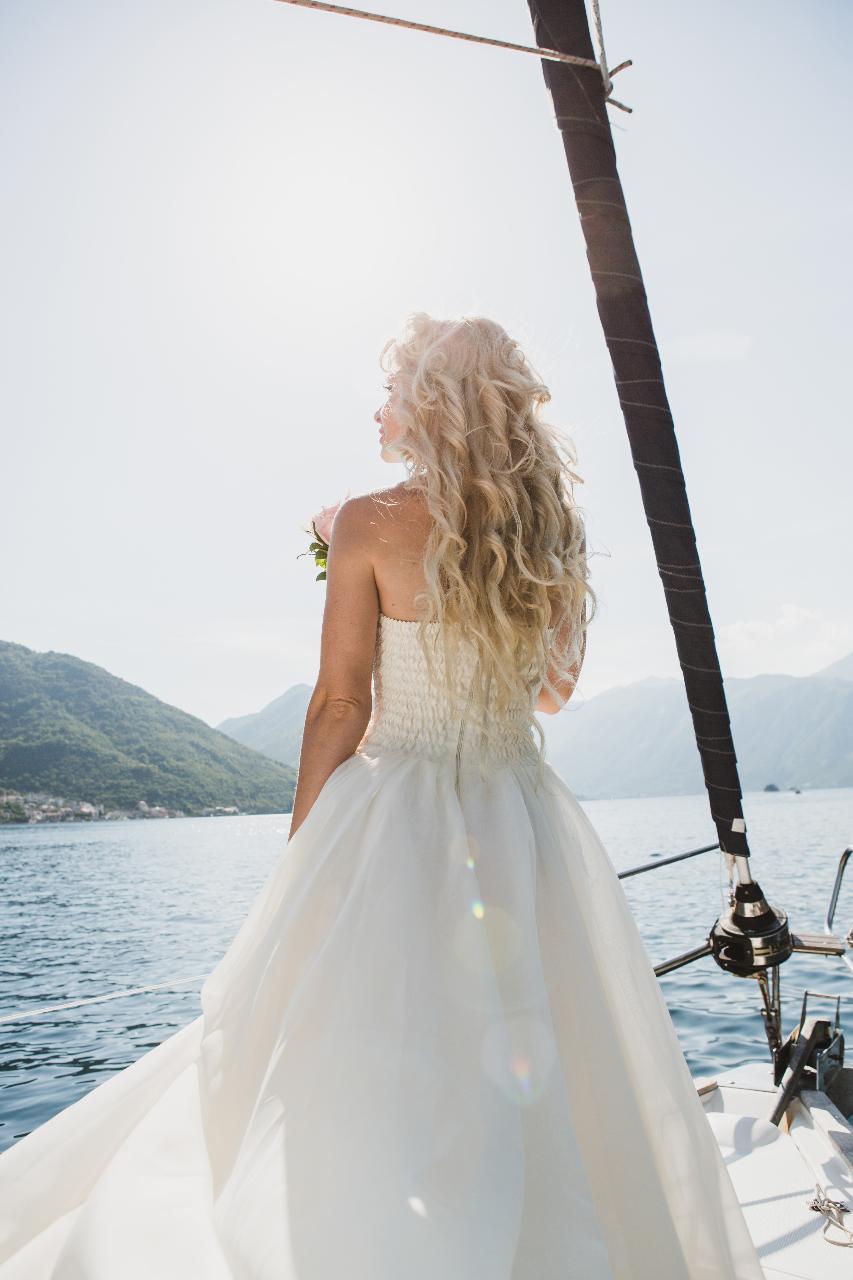 Wedding Whitsunday Sailing - Boat hire - Marry me on a Catamaran!