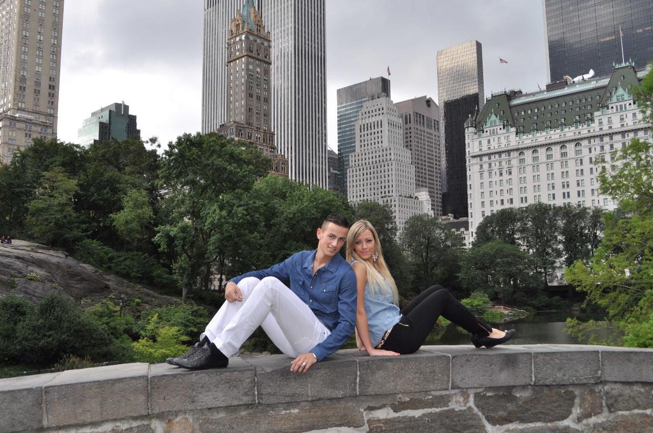 (2 Hours) Central Park and Surrounding Neighborhoods - Private Tour with Personal Photographer