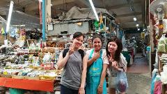 Snacks, Markets & More Tour - The Flower Market to Chinatown