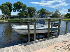 Sea Fox Bay Runner 225 For Experienced Anglers COMES EQUIPPED WITH TROLLING MOTOR