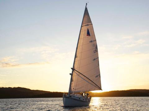 Sunset Group Sailing Charter