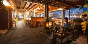 The Rock B & B Adventure Cruise - Private Double Cabin