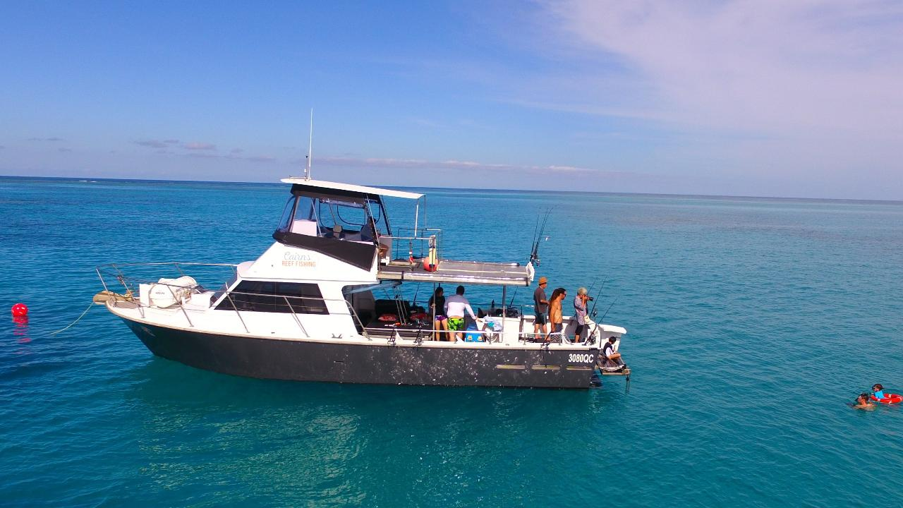 Full Day Reef Fishing Private Charter (Blue Whaler)