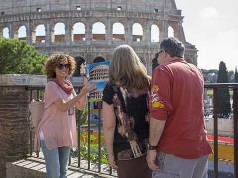 Private Colosseum & Roman Forum Tour - Transfer Included