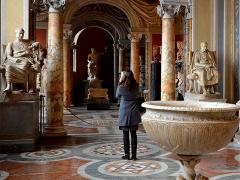 Private Vatican Museums Tour with Hidden Gems