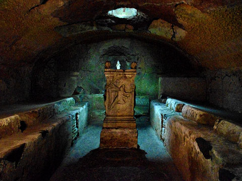 Private Catacombs Tour - Transfers Included
