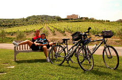 Private Tuscan Hills Bike Tour with Wine & Lunch
