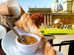 Private Vatican Art & Breakfast Tour