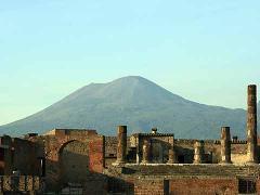 Pompeii, Herculaneum and Mount Vesuvio with Private Driver Service