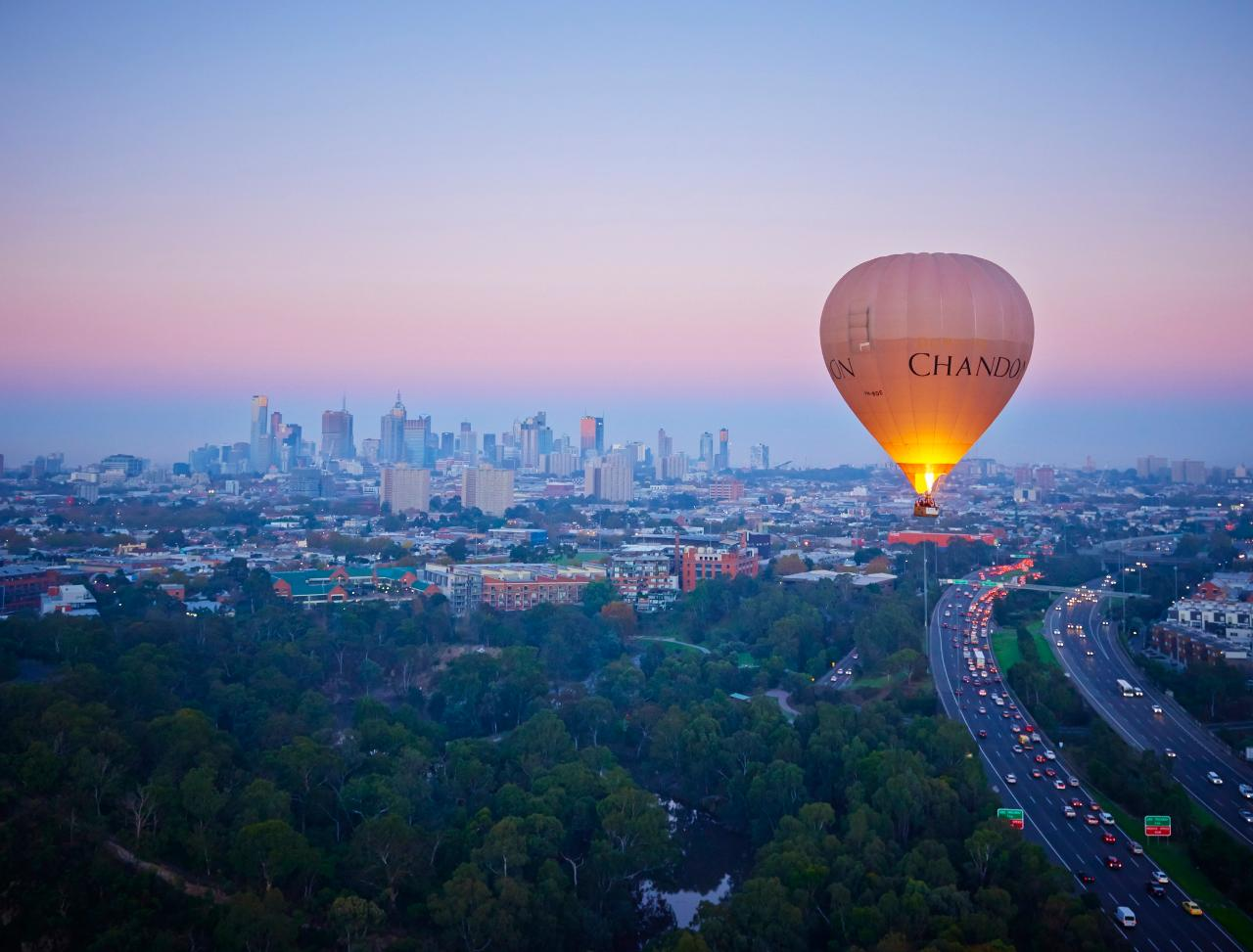 Melbourne Balloon Flight and Guided Punt Tour