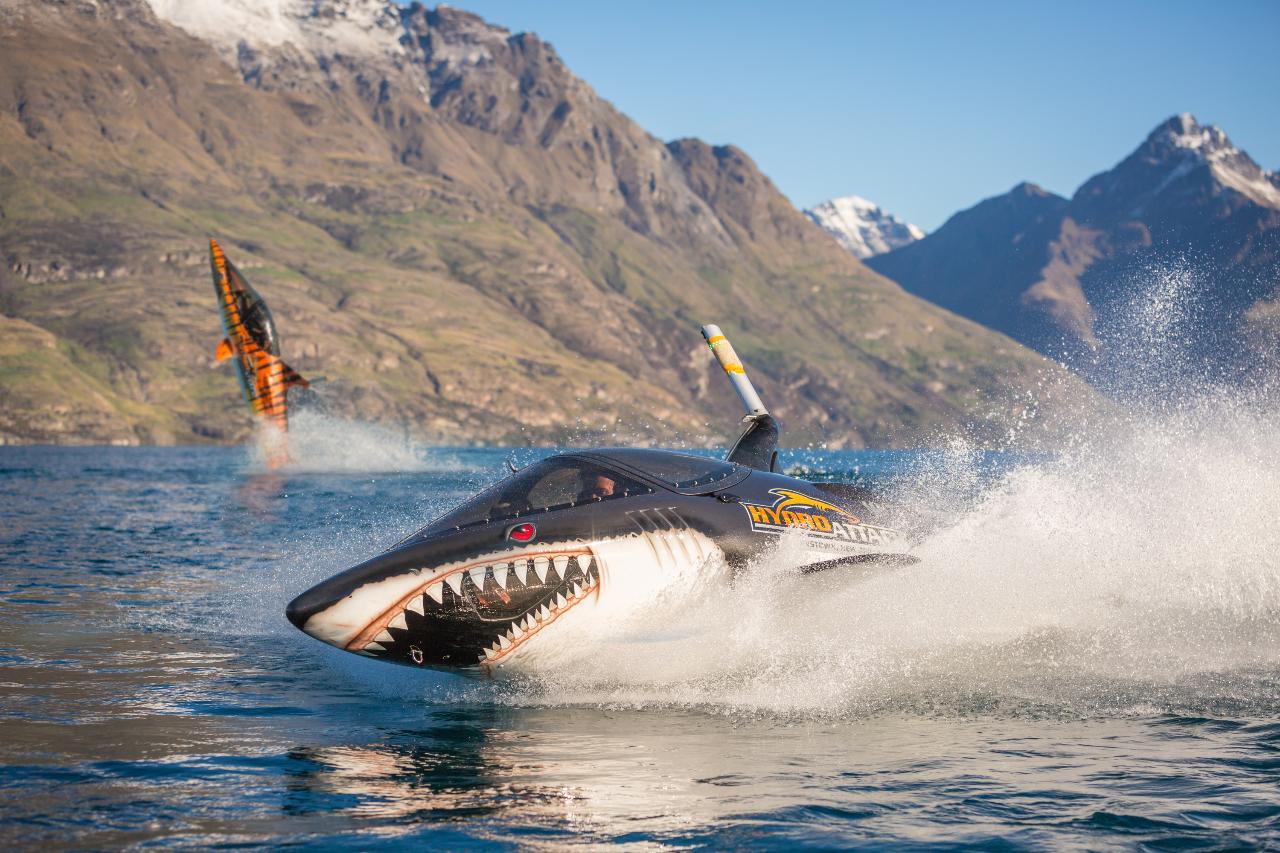 Hydro Attack Shark Ride Special