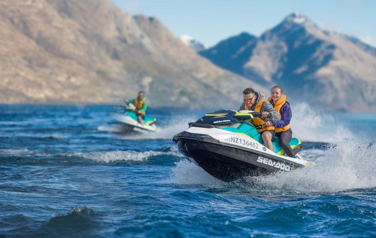 ONE HOUR GUIDED JET SKI TOUR