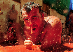 *Kings & Queens Experience* La Tomatina Valencia Day Trip - FAA