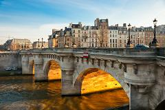 Paris city tour 4 hours with GUIDE & Paris Seine river cruise with a glass of champagne