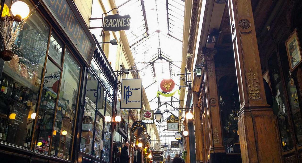 Paris The Covered passageways  walking tour