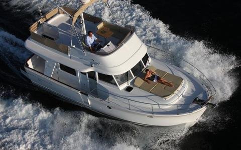 Power: Swift Trawler 34 - Full Day Charter