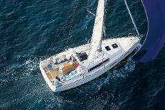 "Sail: Oceanis 35 ""Madeira"" - Half-Day Charter From San Francisco Up to 9 People"