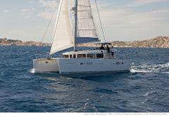 Sail: Lagoon 400S2 Catamaran - Half-Day Charter Up to 12 People