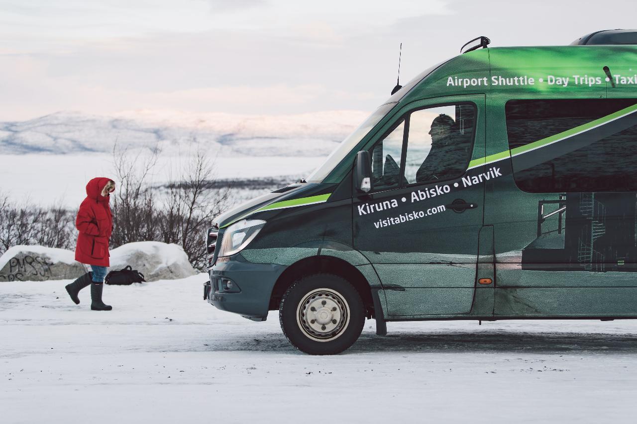 Transfer: Kiruna - Abisko/Björkliden (Oct-March)