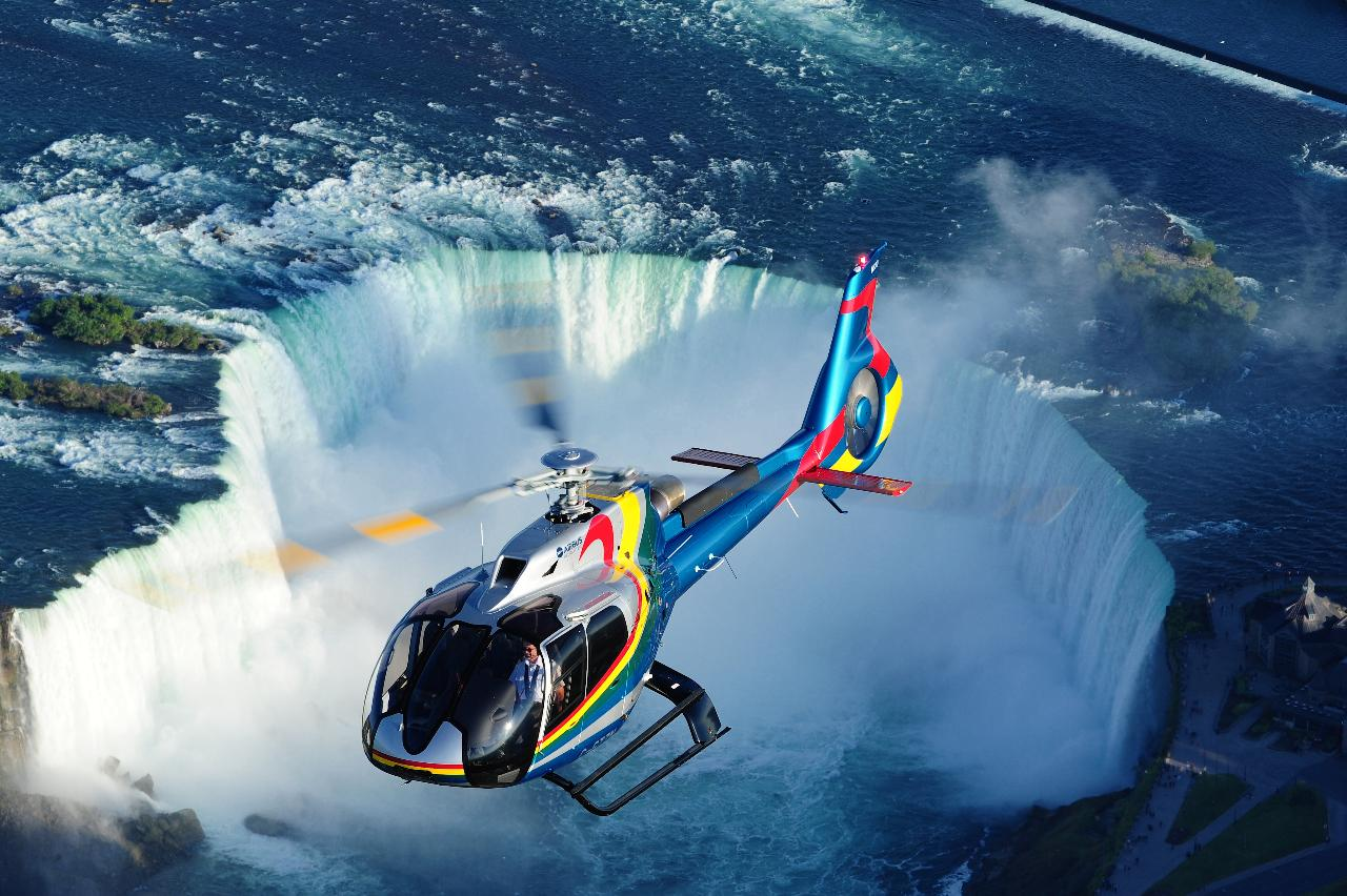Ultimate Niagara Falls Tour Plus Helicopter Ride And