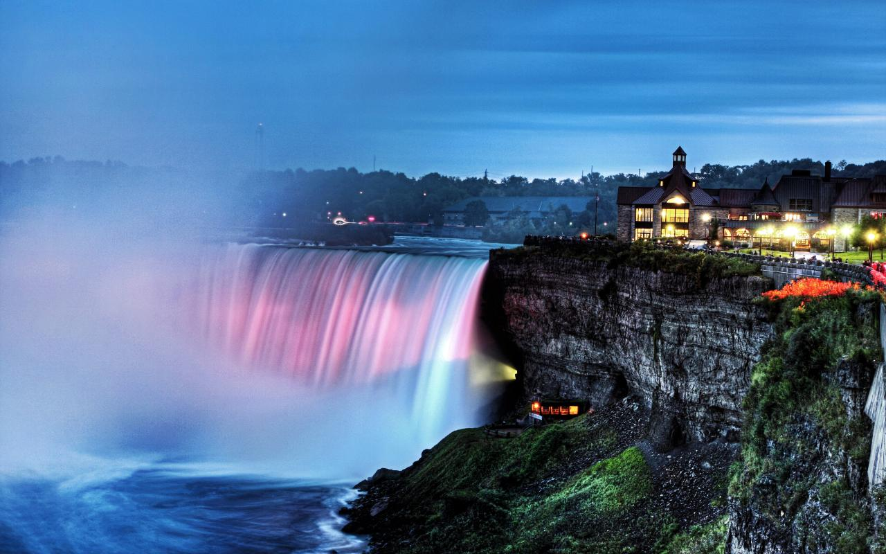 Day and Night Combo Tour of Niagara Falls, Canada - Private Safe Tour