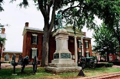 Charlottesville's World-Class Statuary