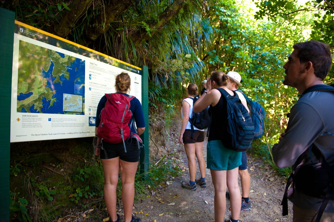 Motuara Island and Great Track and Pack Pass