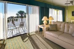 St. Pete's 2021  The Alden: Lanai Gulf Front  Room