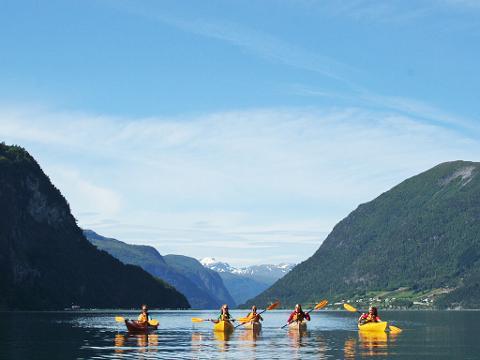Familietur - Tur havkajakk (Family tour sea kayak)