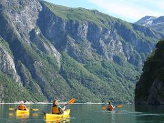 Vikasætra - Tur havkajakk (Tour sea kayak)