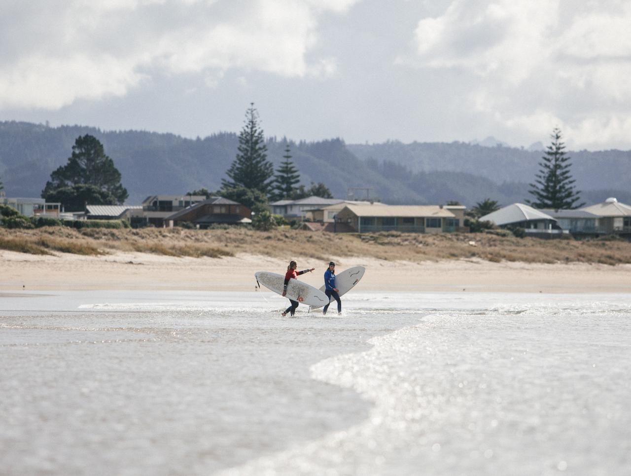 NZ Private surf lesson
